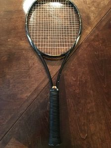 how to find grip size of tennis racquet
