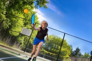What Is The Double Bounce Rule In Pickleball (Explained)
