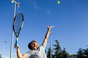 Why Do Tennis Players Grunt (Reasons & The Science)